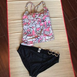 Other - Nwot Strappy back 3X tankini swimsuit 🏖